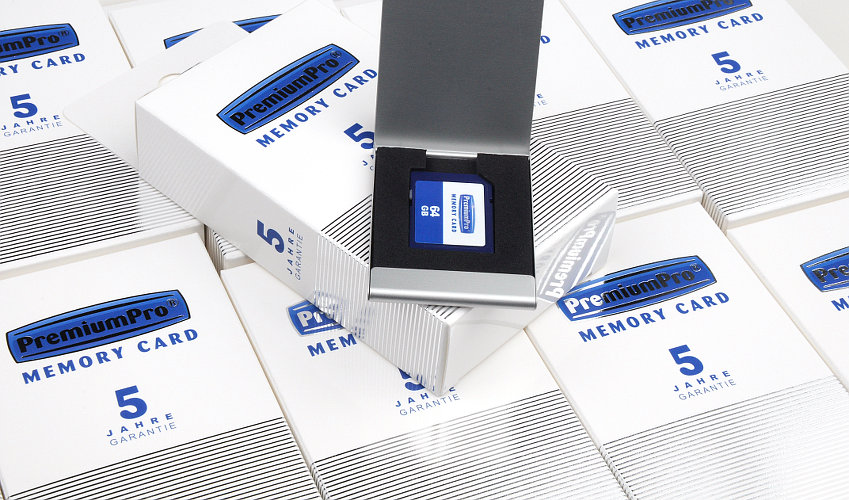 Speicherkarten in individueller Verpackung mit Alu-Etui